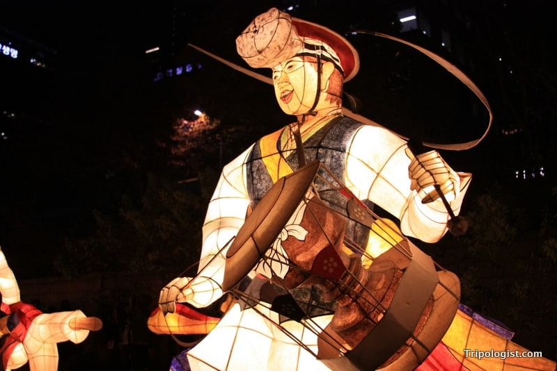 A lantern depicting a Joseon dynasty drummer on display at the 2011 Seoul Lantern Festival. The 2012 Seoul Lantern Festival is being help from November 2-18.