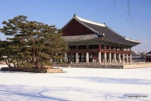Gyeonghoeru Pavilion, one of the most beautiful buildings in Seoul.