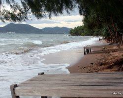 Koh Tonsay: Cambodia's Relaxing Paradise