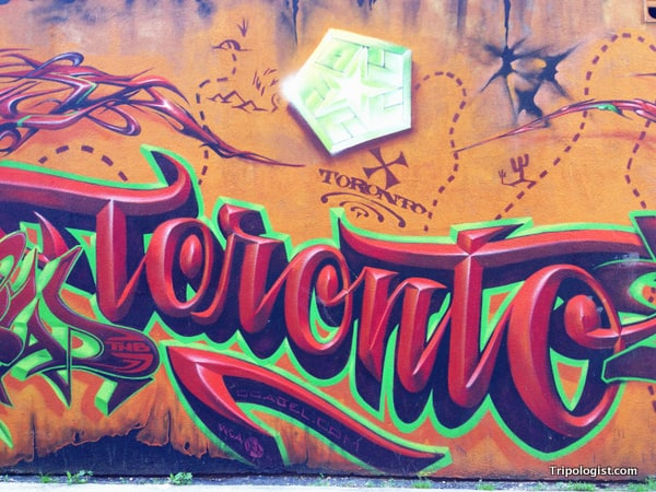 A welcoming intro to Toronto along Graffiti Alley.