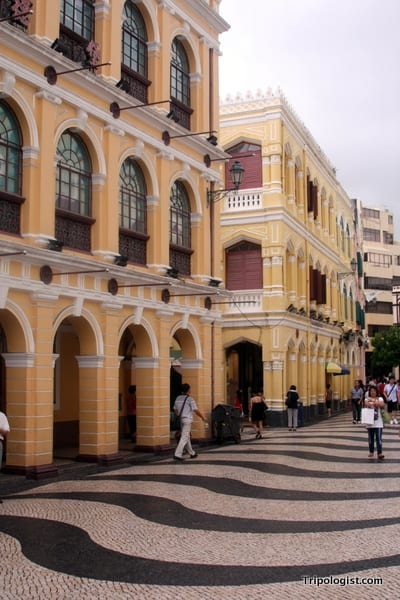 The beauty of Largo de Senado is one of the top things to do in Macau.