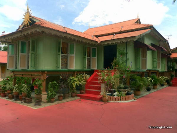 A beautiful house along the Malacca River in Malacca's Chinatown.